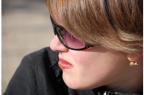 La rosacée se manifeste au départ par des rougeurs chroniques au niveau du nez, des joues et parfois du menton et du front.