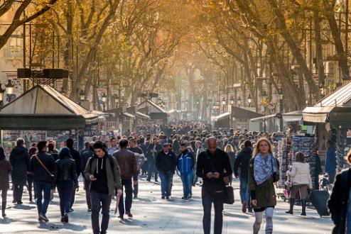 Gérard Collomb lie la psychiatrie au terrorisme : tollé des professionnels, Agnès Buzyn lui répond