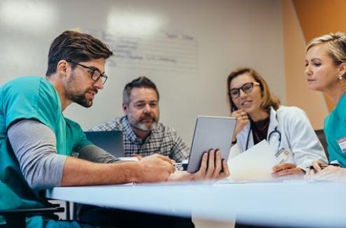 Risque d'erreur médicale aux urgences : étude française encourageante de l'impact des vérifications croisées