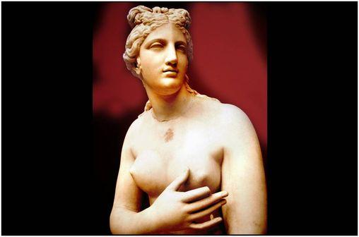 Statue d'Aphrodite (cliché @ Ricardo André Frantz sur Wikimedia).