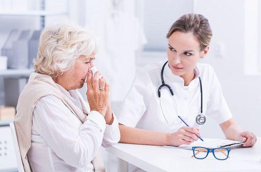 Les APSI sont généralement prescrits dans la prise en charge de la rhinite ainsi que dans l'asthme allergique (illustration).