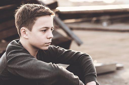 En cas de dépression caractérisée chez un enfant ou un adolescent, la prise en charge psychothérapeutique est prioritaire (illustration).