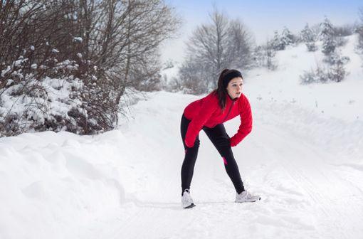 La pratique d'une activité physique est associée à un meilleur contrôle de l'asthme de l'adulte, en particulier en hiver (illustration).