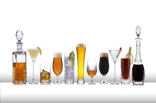 Une ligne de boissons alcoolisées (illustration).