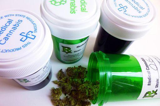 Cannabis thérapeutique : oui à son utilisation non fumée, préconise le Comité scientifique de l'ANSM