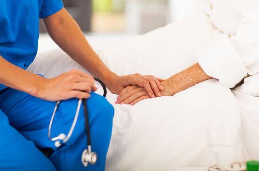 DEPOCYTE est indiqué dans traitement intrathécal de la méningite lymphomateuse, le plus souvent dans le cadre de soins palliatifs (illustration).
