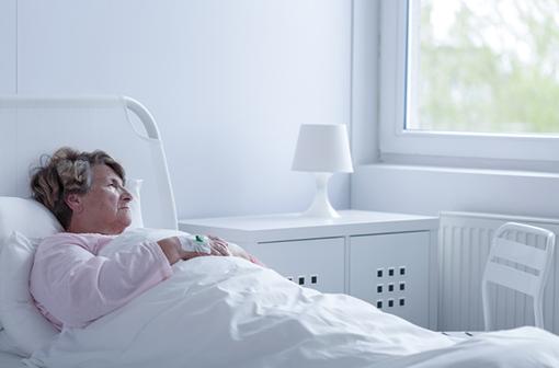 L'escatilopram pourrait réduire les complications cardiaques chez les patients dépressifs après un accident coronarien (illustration).