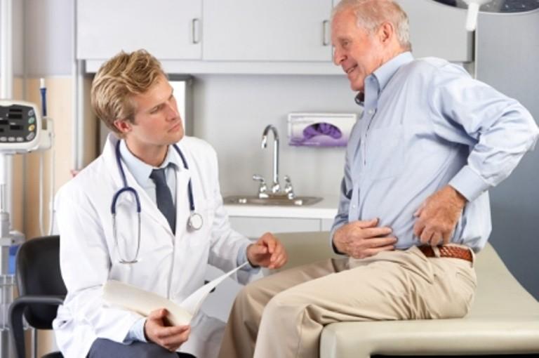 ART 50 est indiqué dans le traitement symptomatique à effet différé de l'arthrose de la hanche et du genou.