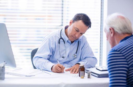 Seules trois situations permettent désormais au prescripteur d'apposer la mention non substituable