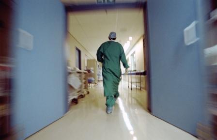 Le reclassement en réserve hospitalière des spécialités à base de fer pour injection IV prendra effet dans 3 mois.