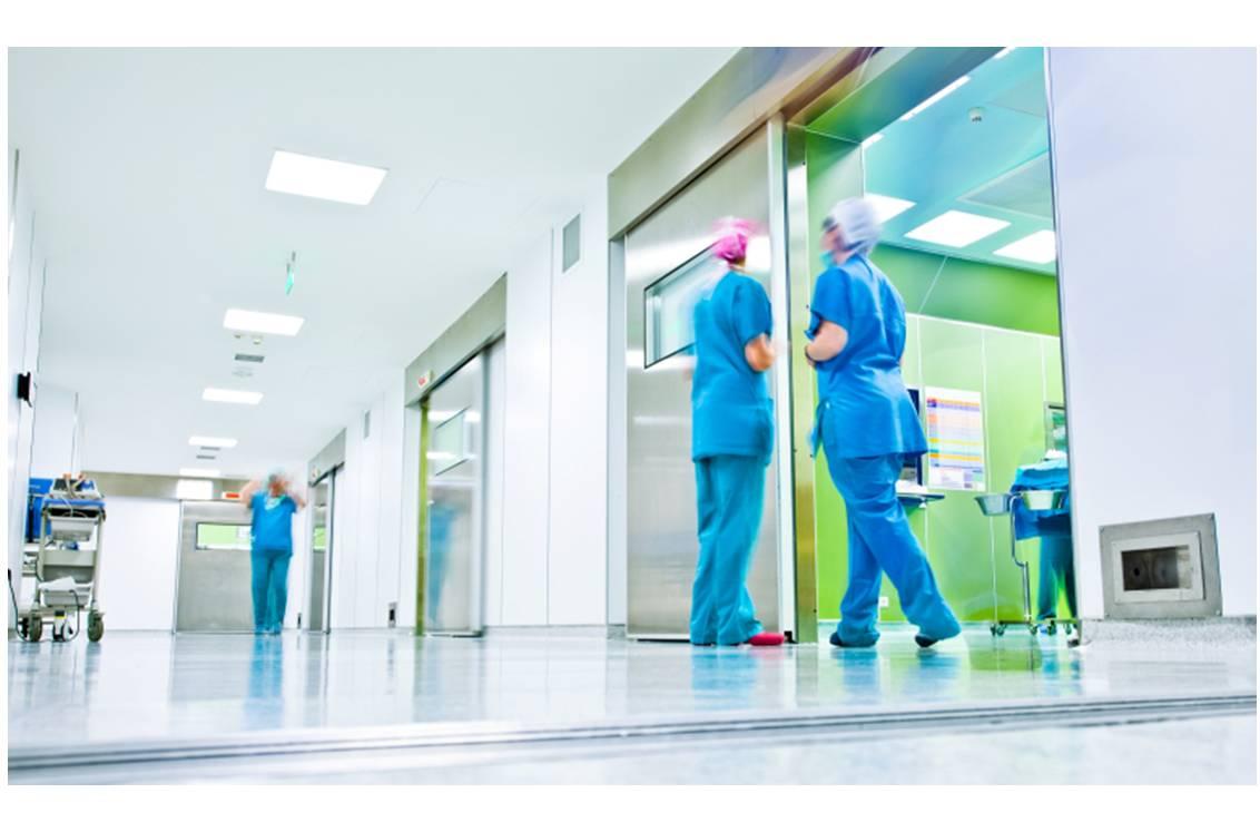 Depuis le 31 janvier 2014, l'utilisation des spécialités injectable IV à base de fer est réservée à l'hôpital.