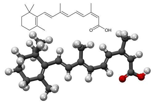 Structure chimique (illustration @ Fvasconcellos) et représentation 3D (illustration @ MindZiper) de l'isotrétinoïne (sur Wikimedia).
