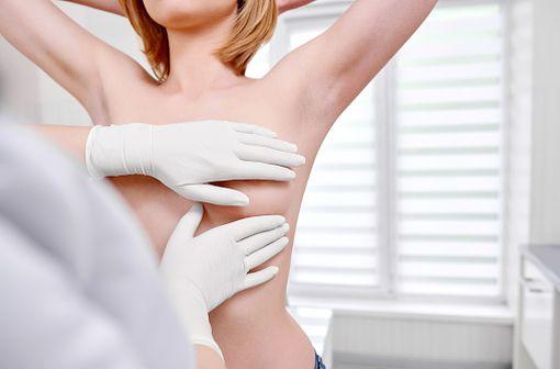KANJINTI est indiqué dans la prise en charge de patients atteints de cancers du sein métastatique ou précoce HER2 positifs et de cancer gastrique métastatique HER2 positif (illustration).