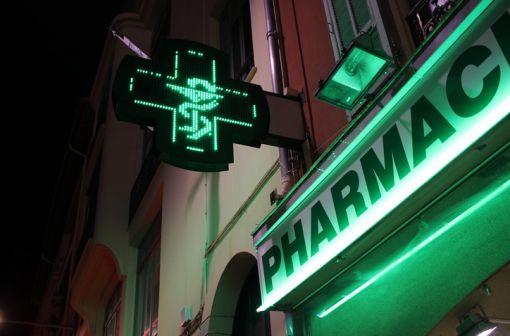 Les habitudes de consommation des médicaments ont été complètement déstabilisées par la COVID-19 (illustration).