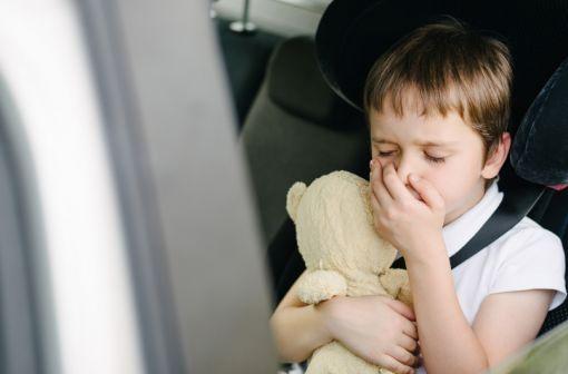L'efficacité de la dompéridone sur les nausées et vomissements chez l'enfant de moins de 12 ans n'est pas différente de celle du placebo, selon une étude initiée par l'Agence européenne du médicament (illustration).