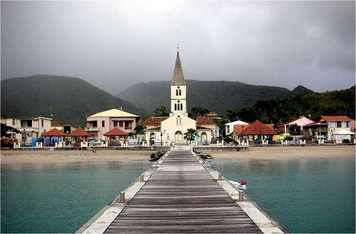 Les Anses d'Arlet en Martinique (photo @ Pascalou Petit sur Wikimedia).
