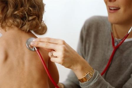 En 2011, près d'un demi-million d'enfants (0 à 14 ans) ont développé la tuberculose, et 64 000 sont morts de la maladie.