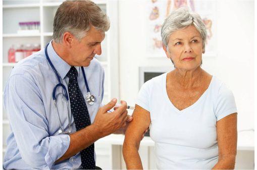 Chez les adultes, la vaccination par PREVENAR 13 est désormais indiquée dans la prévention des pneumonies et des infections invasives à pneumocoque.