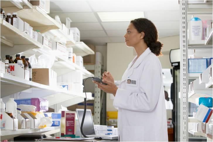 La spécialité importée, DEMECLOCYCLINE HYDROCHLORIDE 150 mg gélule, peut être délivrée par les pharmacies hospitalières aux patients ambulatoires, en rétrocession.