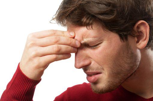 Les sinusites aiguës font partie des indications de la cefpodoxime (illustration).