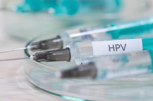 La couverture vaccinale contre l'infection à HPV est particulièrement faible en France (illustration).