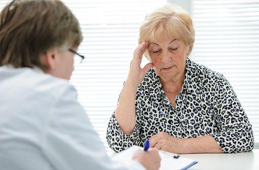 Cette baisse de la posologie maximale quotidienne de baclofène à 80 mg/jour nécessite que les patients sous posologies supérieures consultent leur médecin pour adaptation (illustration).