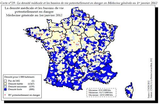 Densité médicale en France : zones à densité forte en bleu, zones à densité faible en jaune pâle (© CNOM 2012)