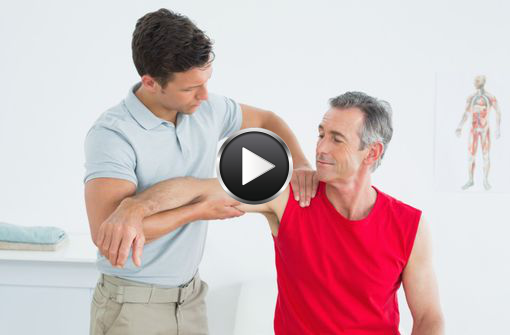 L'Académie préconise de rechercher, dès 50 ans, des signes de pré-fragilité, comme une baisse de la force musculaire (illustration).